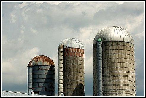 farm harvest silos